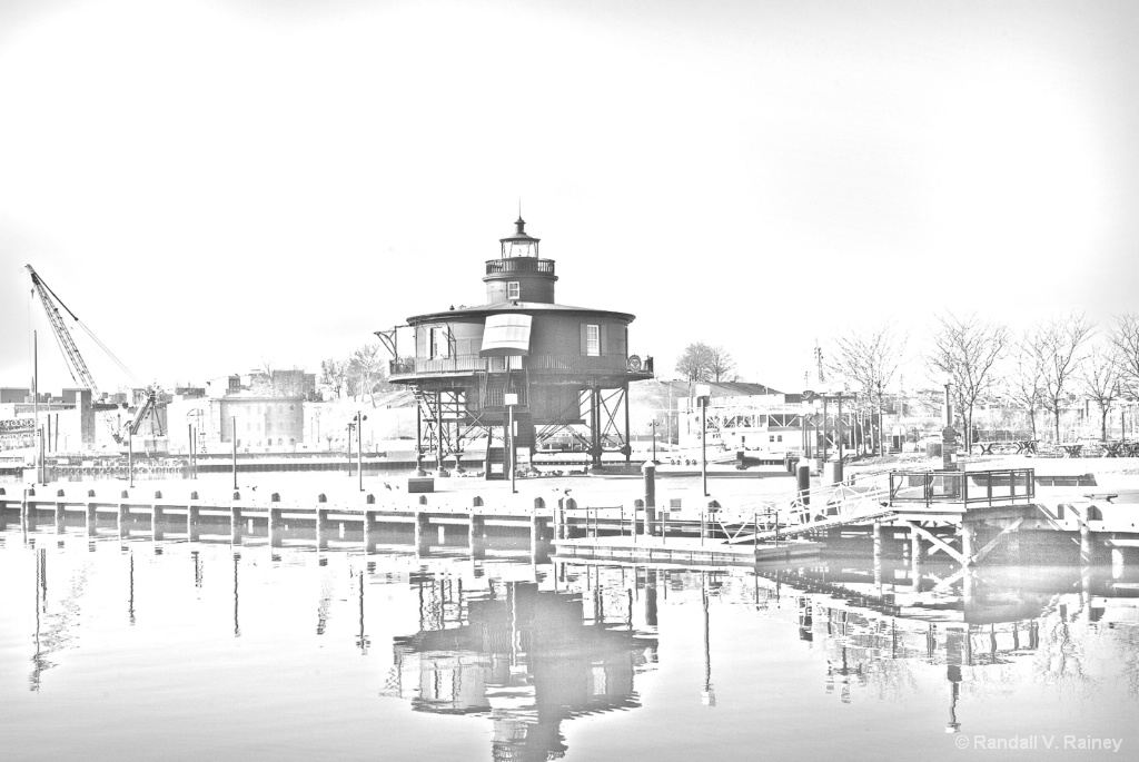 Seven Foot Knoll Light House w/ Pencil Sketch - ID: 15694711 © Randall V. Rainey