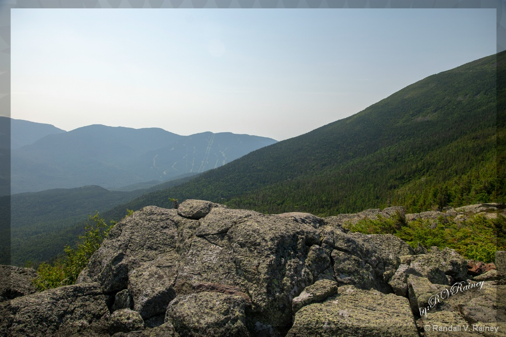 Rocks on Mt Washington . . . - ID: 15705062 © Randall V. Rainey